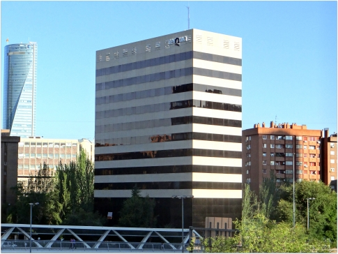 Avda de burgos 18 edificio madrid espa a catalogo for Oficina emt madrid
